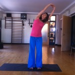 prenatal yoga standing side stretch almost 19 weeks pregnant